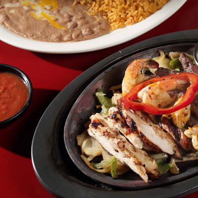 Chicken fajitas with pepper, shrimps and vegetables to order in Nacogdoches Texas